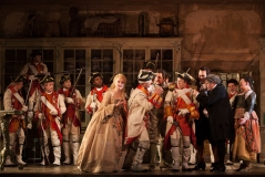 ENO Screen - The Barber of Seville (c) Scott Rylander